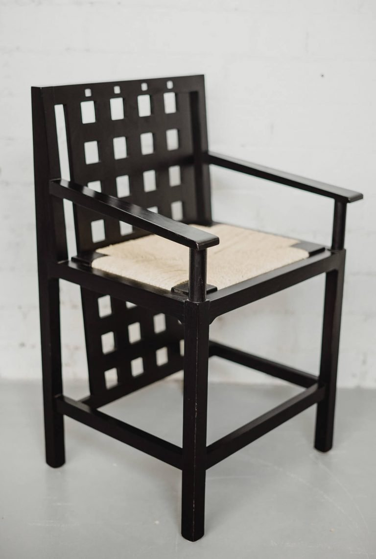 Bassett-Lowke Arm Chair