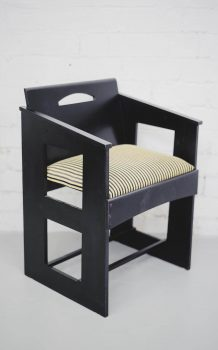 Mackintosh at the Willow arm chair